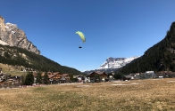 garniraetia - paragliding